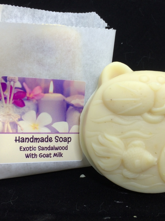 Sandalwood handmade soap with goat milk cat mold